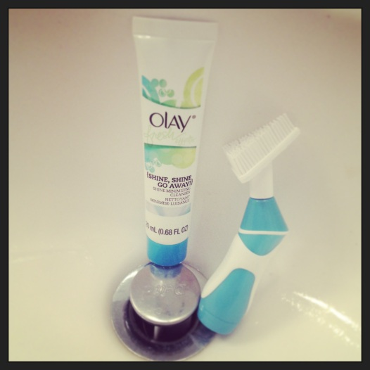 Olay Shine Shine Go Away Cleanser